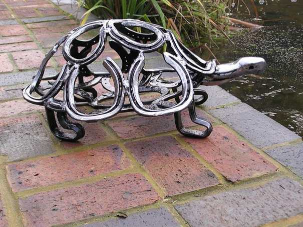 Tom hill horseshoe sculptor horse and man for Welded garden art designs