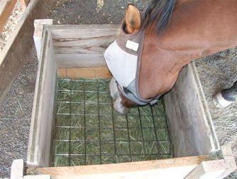 Кормушки для лошадей своими руками 14